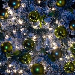 Kerstboom met decoratie huren